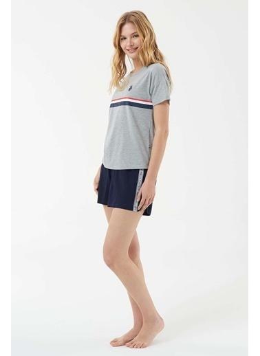U.S. Polo Assn. Kadın T-Shirt Şort Takım Gri